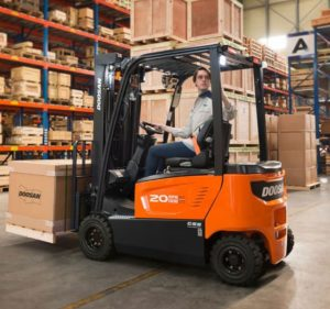 Doosan 7 series electric forklifts