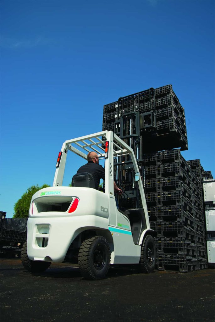 UniCarriers 5K pneumatic forklift